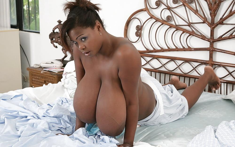 nude-busty-miosotis-sex