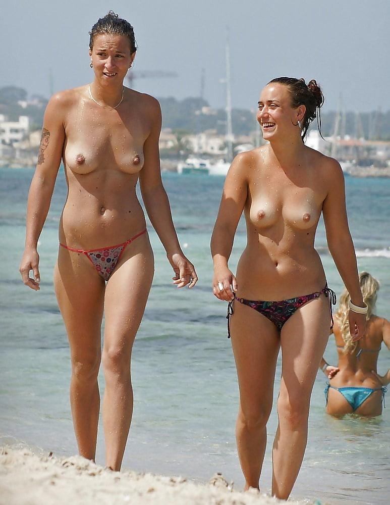 amature-couple-bikini-pic