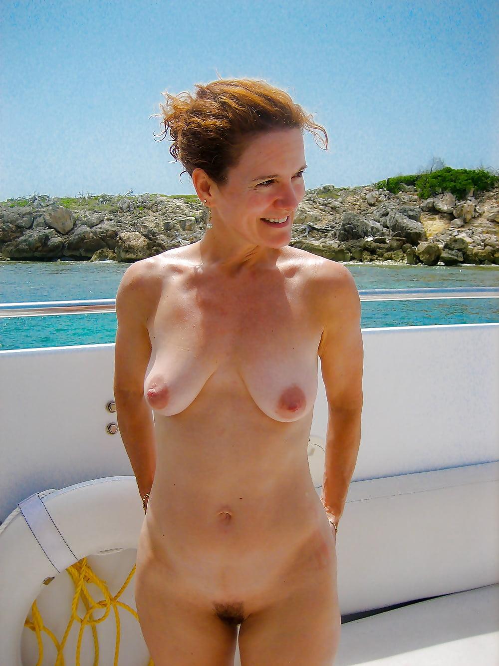 irish-nude-mom-jamie-foxworth-nude-photos