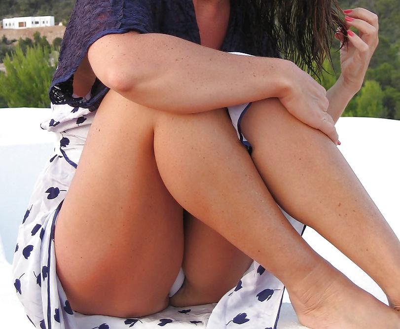 Featured upskirt voyeur porn pics