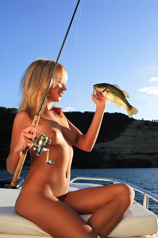 fly-fishing-nude-girl