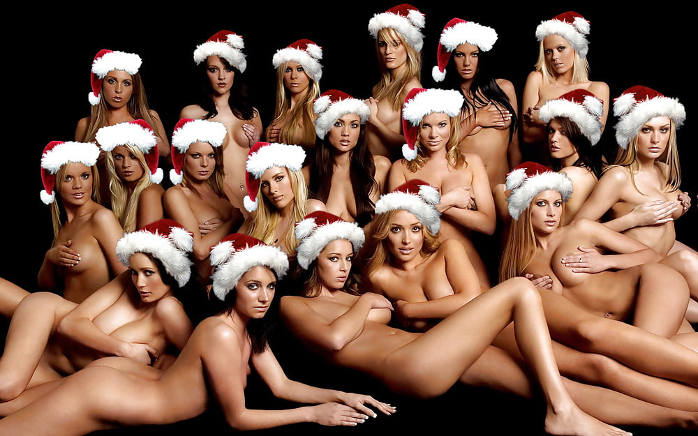 Female naked santa claus — photo 2