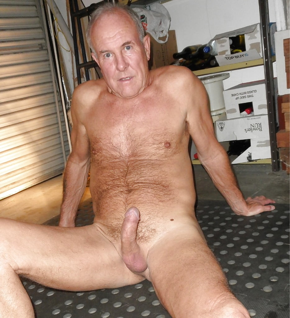 nude-sexy-daddys-lines-with-hairy