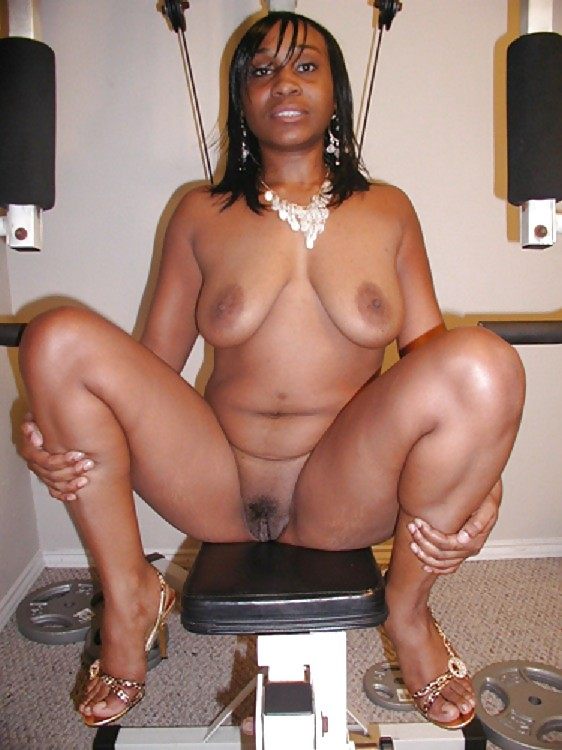 black-mommas-naked