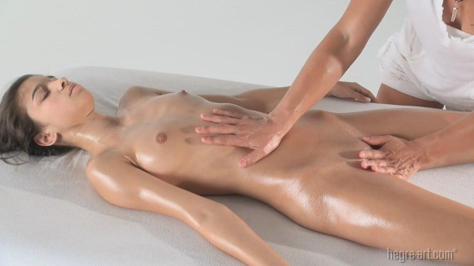 eroticheskiy-massazh-g-ryazan-kompensatsionnie-smotret-onlayn-seks-sunul-dirku-russkuyu