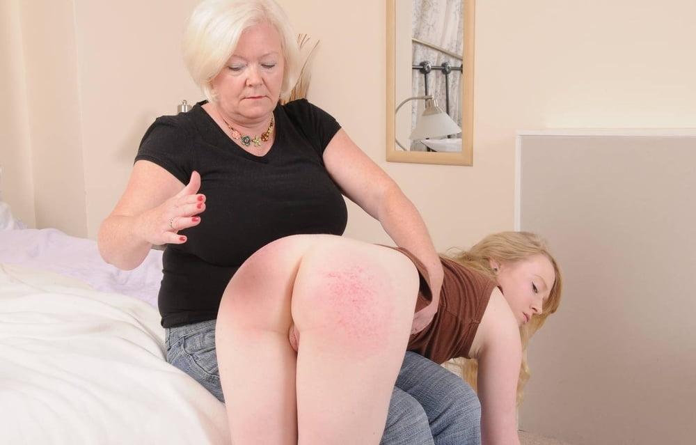 granny-lesbian-spanking
