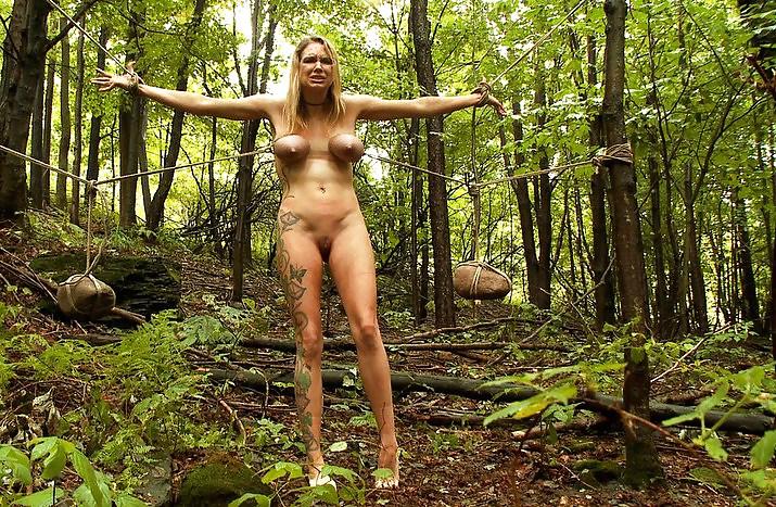 Naked survival women fucking — photo 13