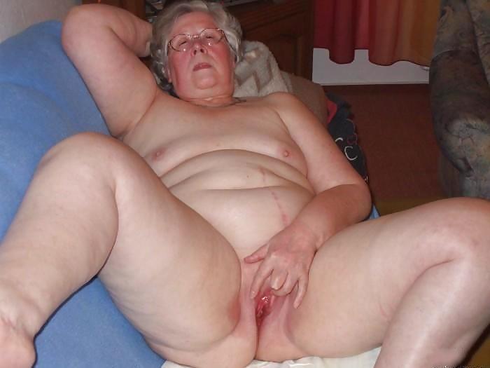 Muchacha de servicio gorda desnuda - 2 part 3