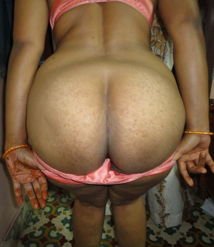 free-round-butt-sex-indian-girl-fuck-in-semi-nude-photos