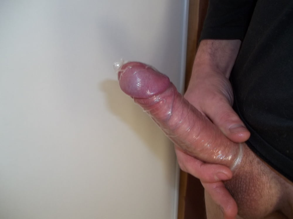 Place a condom on dick video — photo 15