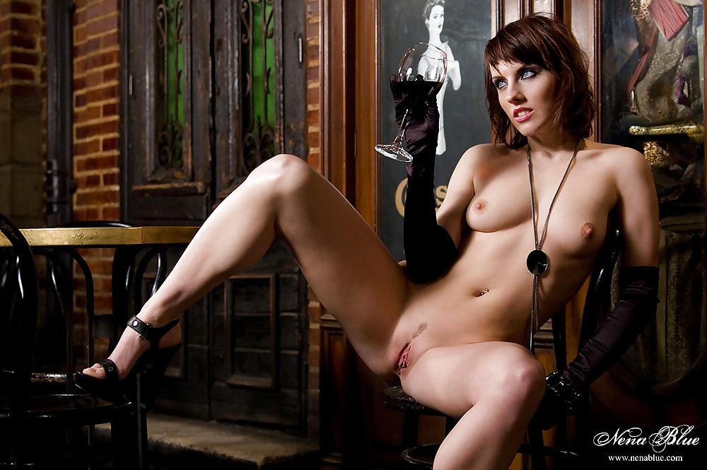 Nude photos of tia mallory