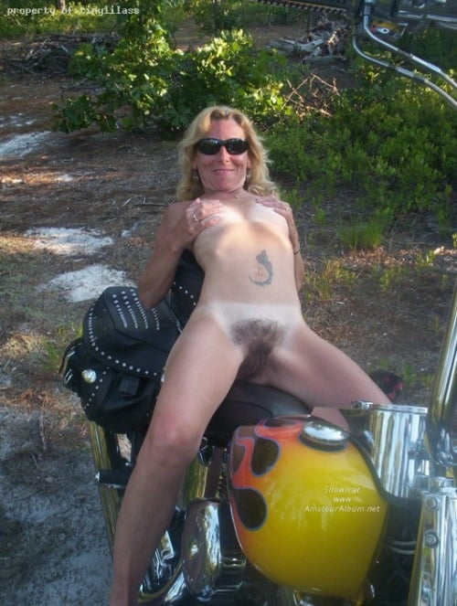 Hot redneck naked slut amateur, daisy duke look alike fucked