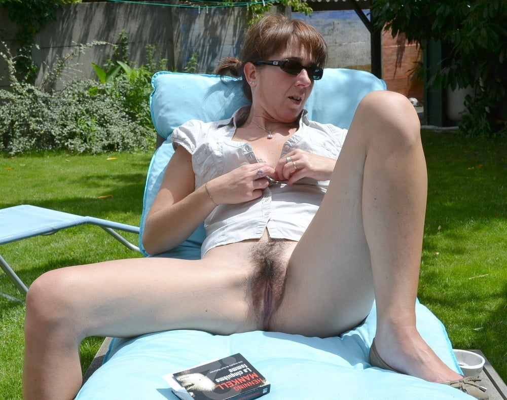 Granny's Nice Pussy Oops Outdoors Nude Girls Pictures