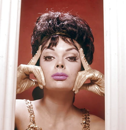 Nackt  Barbara Steele Your Lust