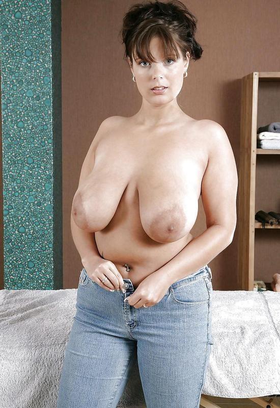 Zuzanna op zoek naar grote borsten - 1 part 2