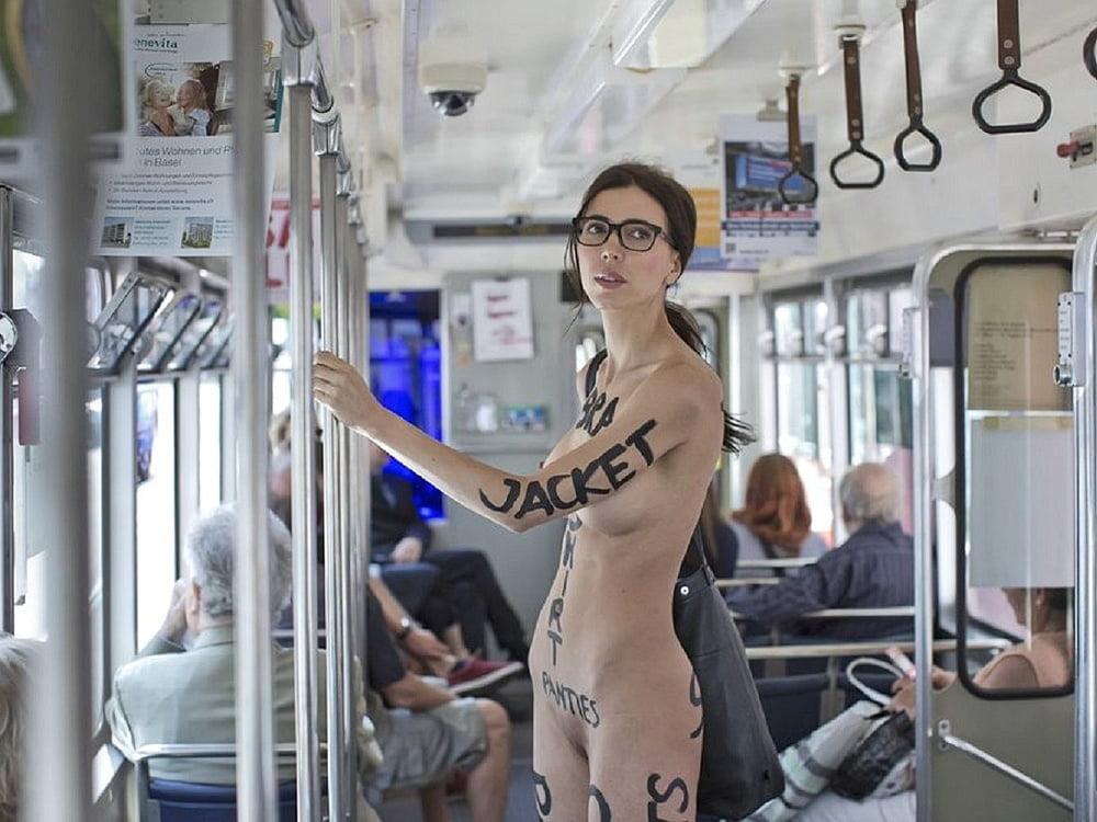 Nude in Public Vol. 7 - 20 Pics