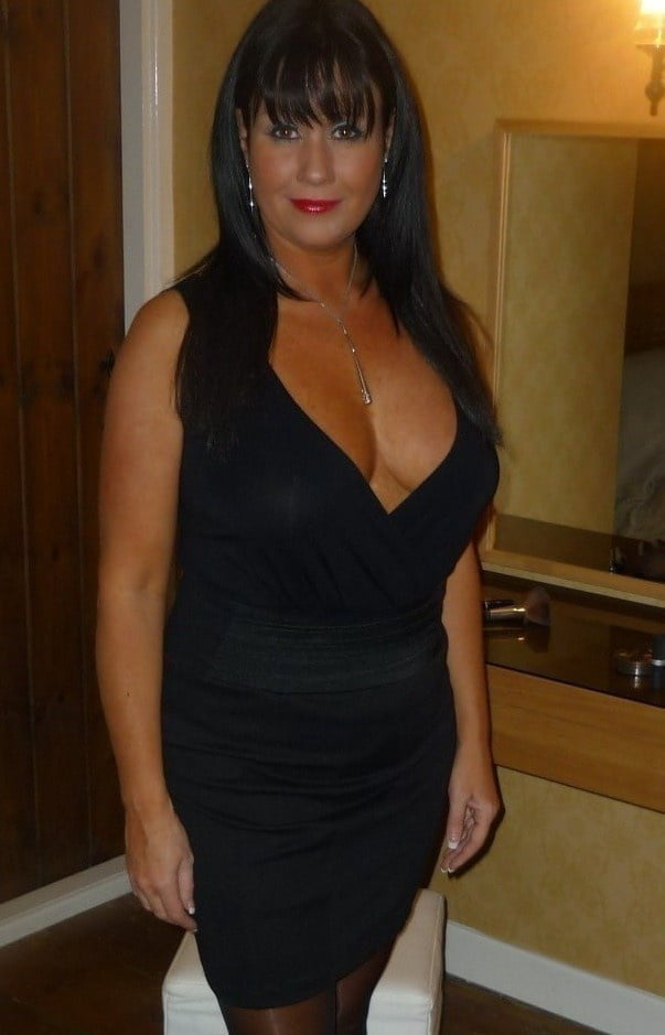 See and Save As sexy and horny mature and milf from italy