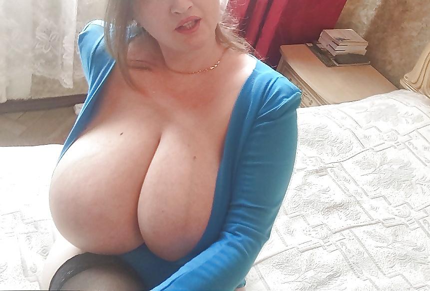 Huge tits hairy amateur