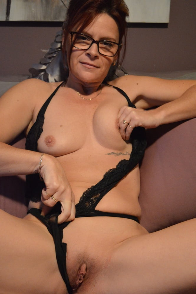 Amateur lingerie nude