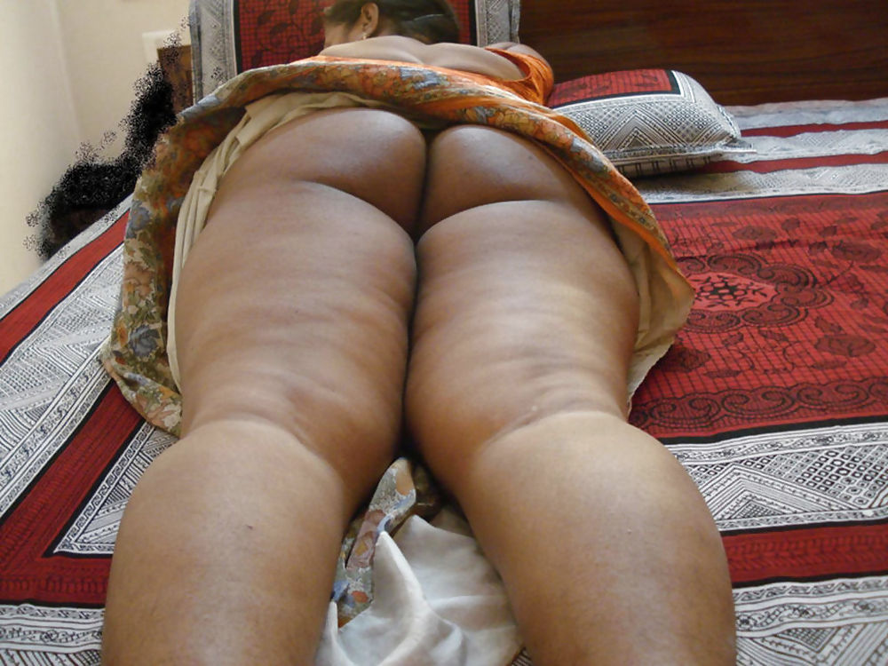 Hot arab bbw sexy on bed