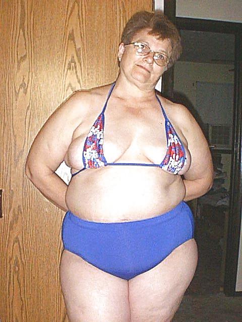 Не очень старые толстые бабы милые актрисы порно