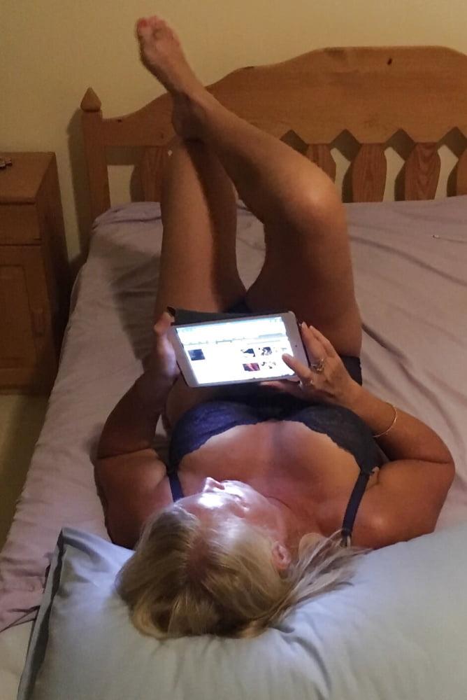 Sent on text app to me - want a job? - 91 Pics