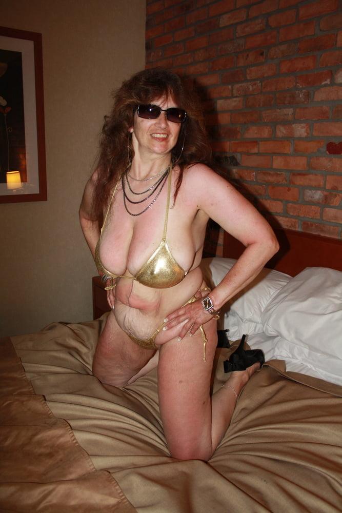 Mature women in skimpy bikinis-8890