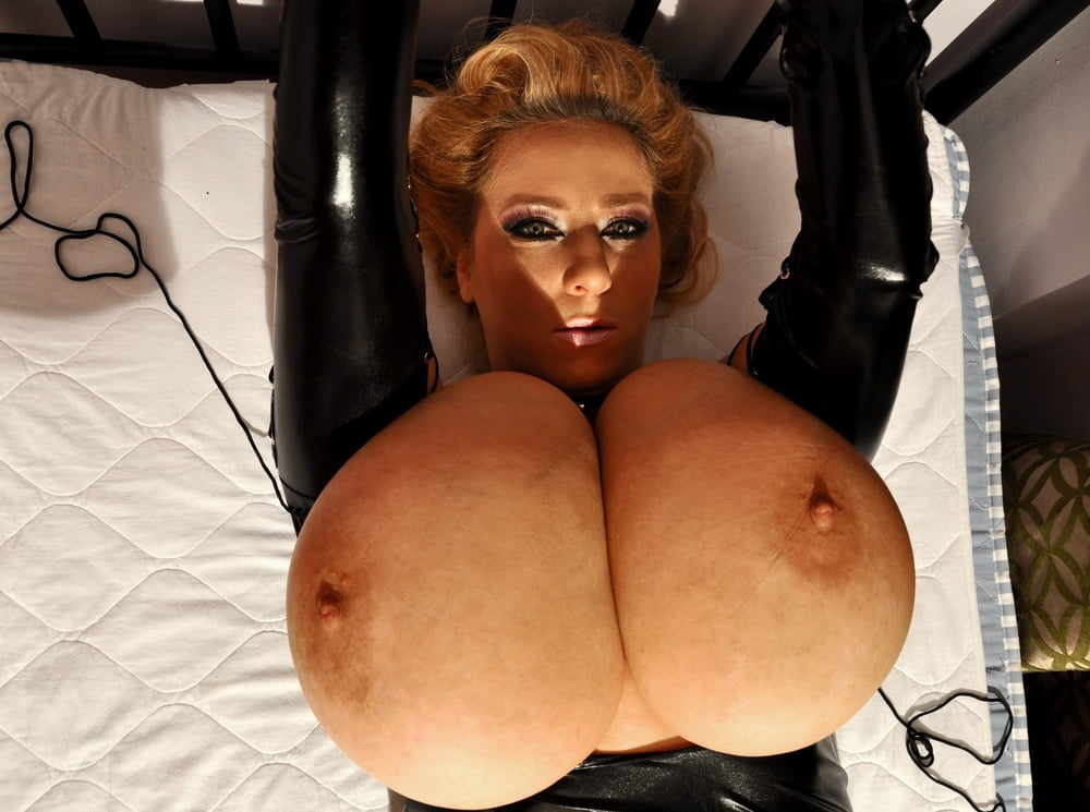 Xxx huge black tits-6798