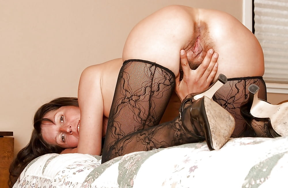 Hairy mature stockings pics