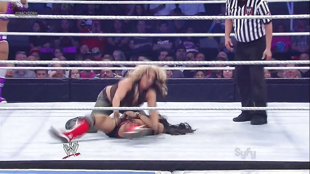 naked-girls-from-wwe-smackdown-need-interracial-sex