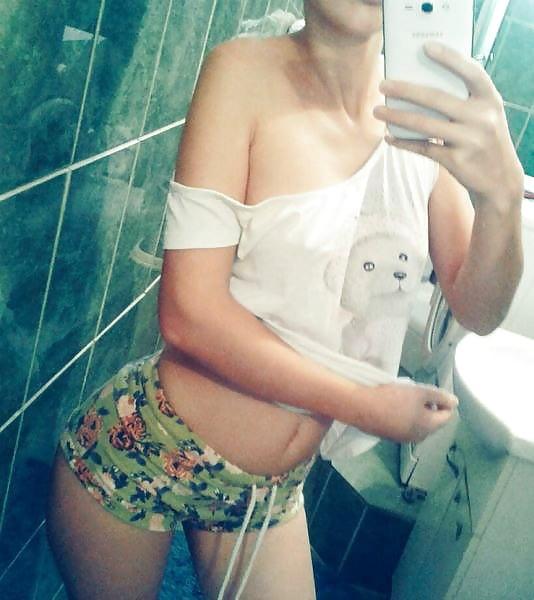 Hot babe girl porn