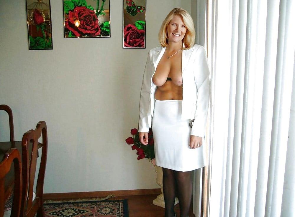 amature busty wife add photo