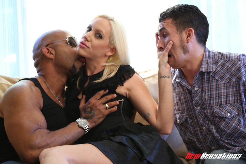 Kacey Villainess - Cuckold - 18 Pics