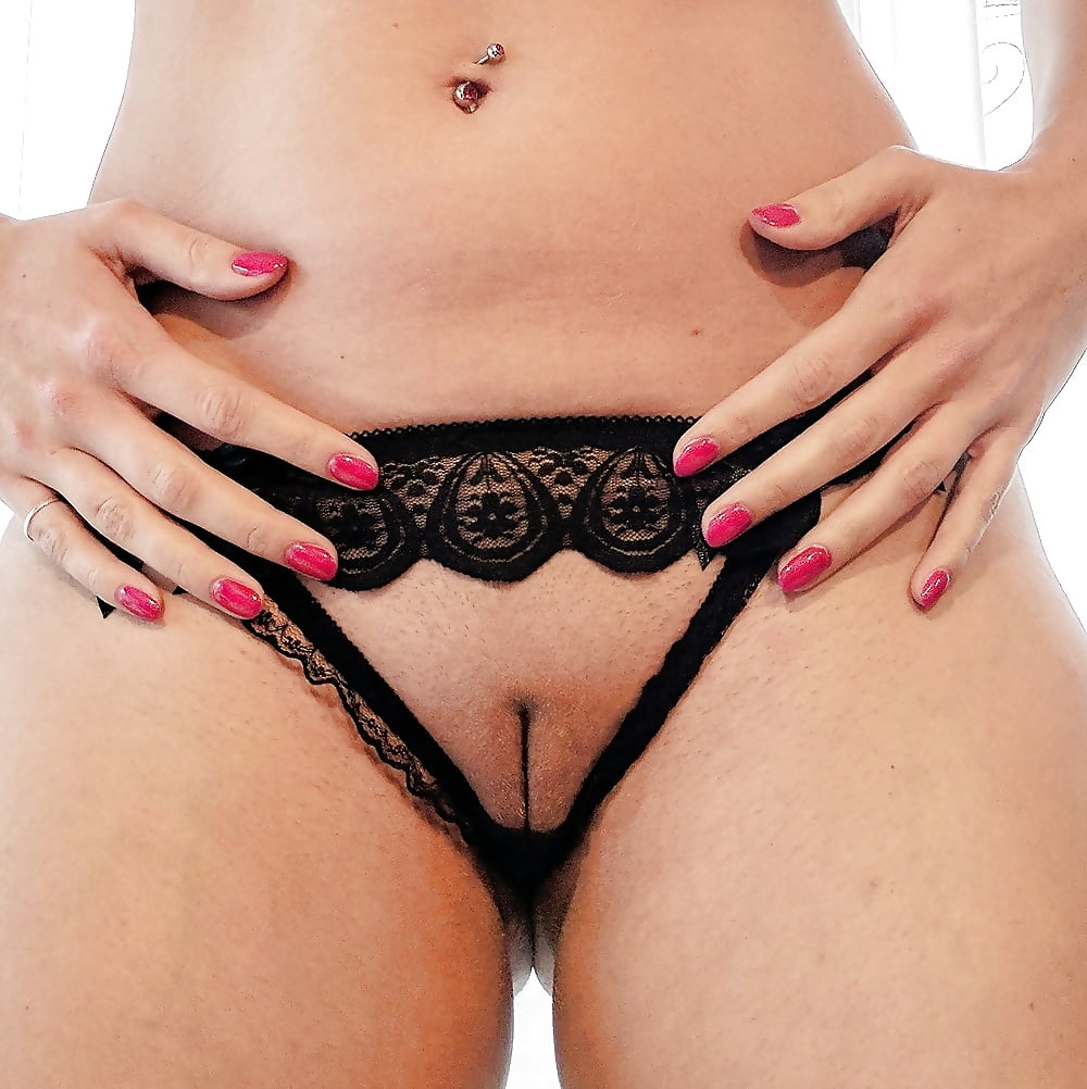 Luna string pussys amateur nude