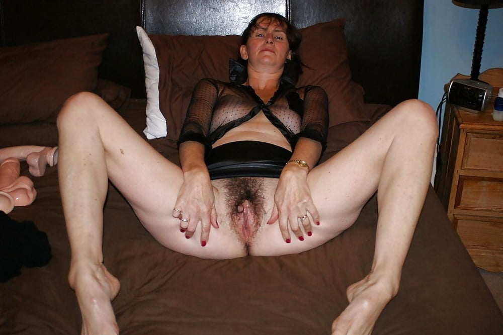Bottomless Wives #2249 Wedding Ring Swingers - 96 Pics