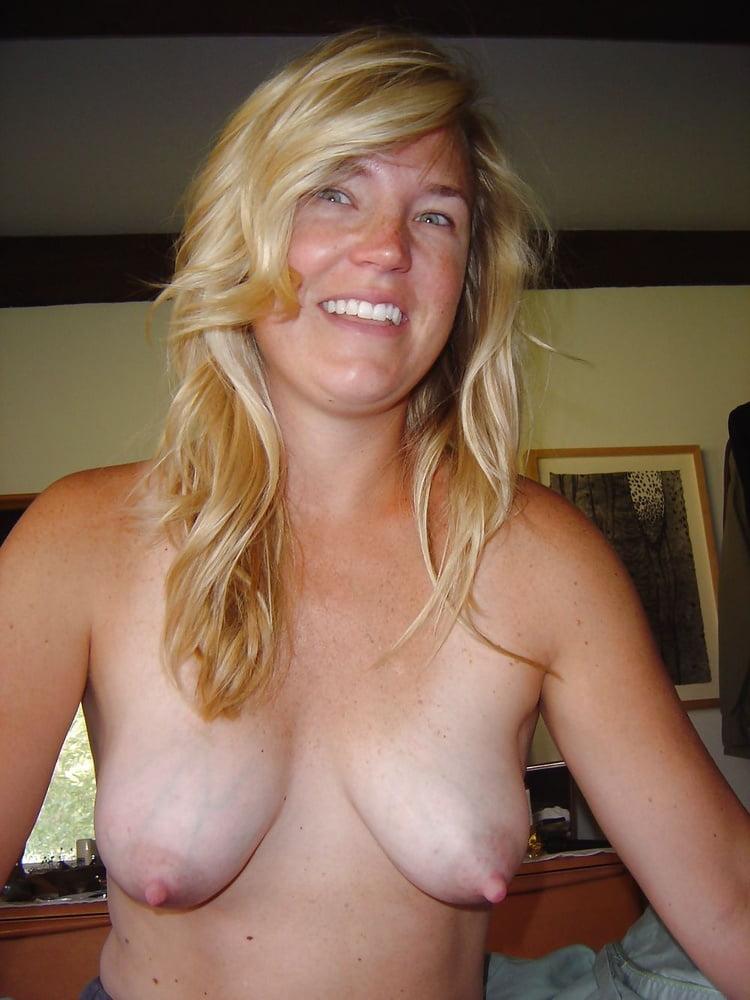 Big bouncing mature tits