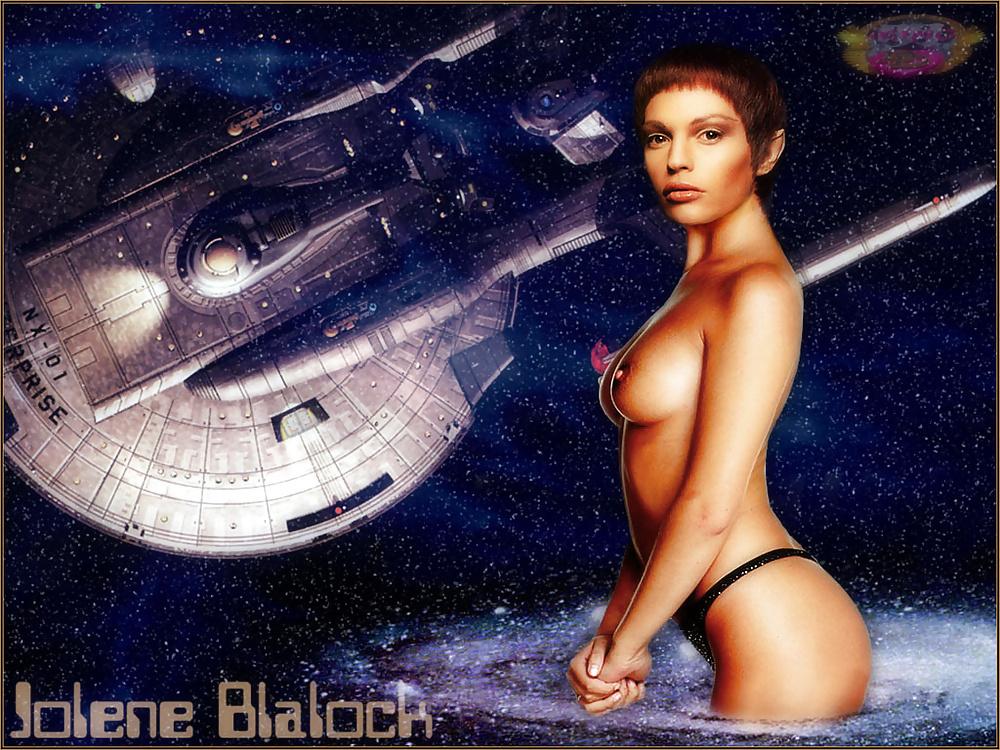 Jolene blaloch porno upskirt blog