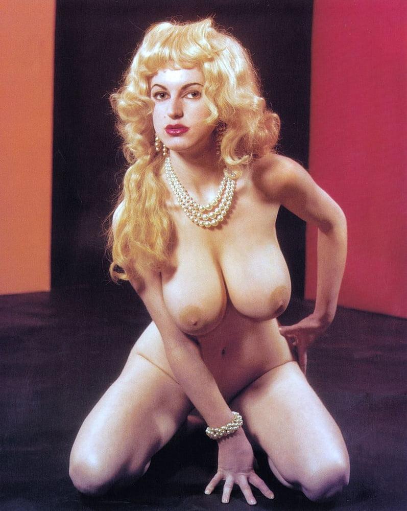 Porn retro big tits-5990
