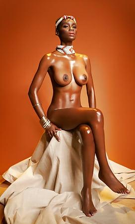 Nude Nyakim Gatwech Nude Gif