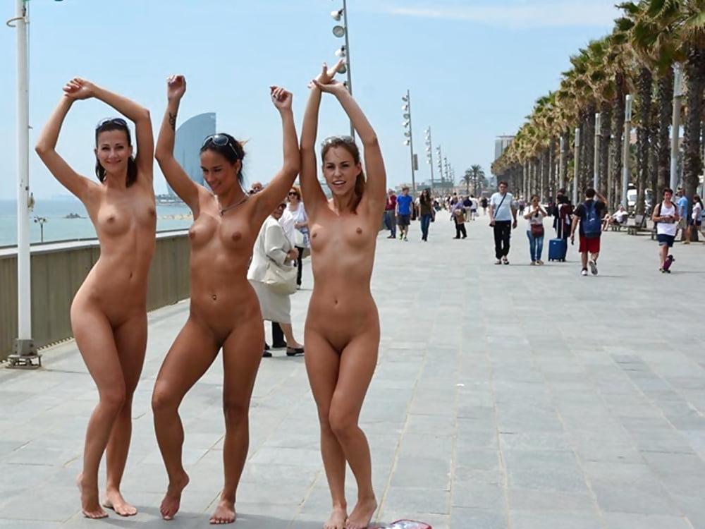 shots-sex-naked-funny-dance