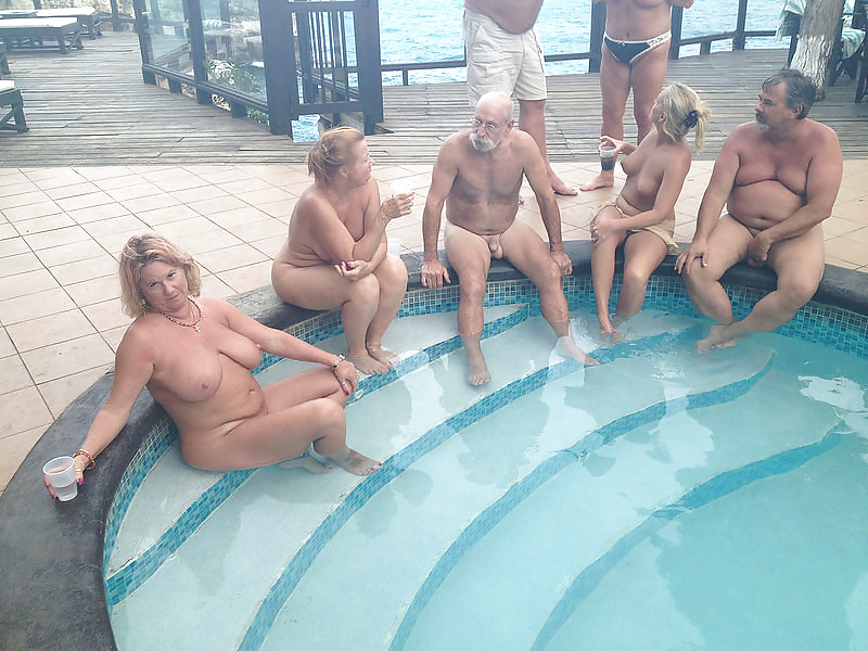 Nude mature group-4620