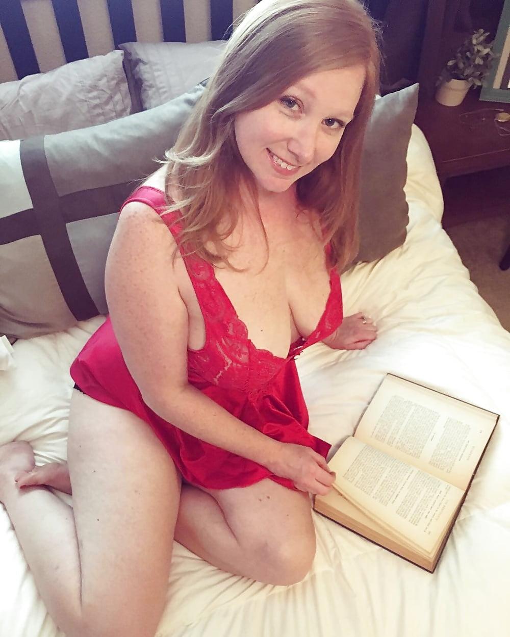 Yanks busty ginny denmarc masturbating - 1 part 9