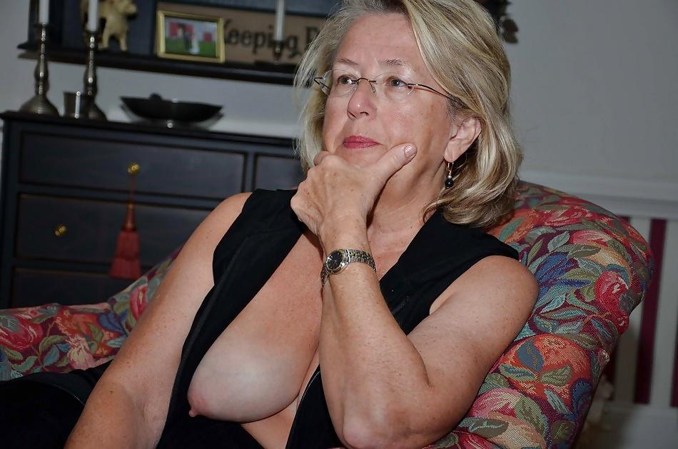Busty Granny Xhamster