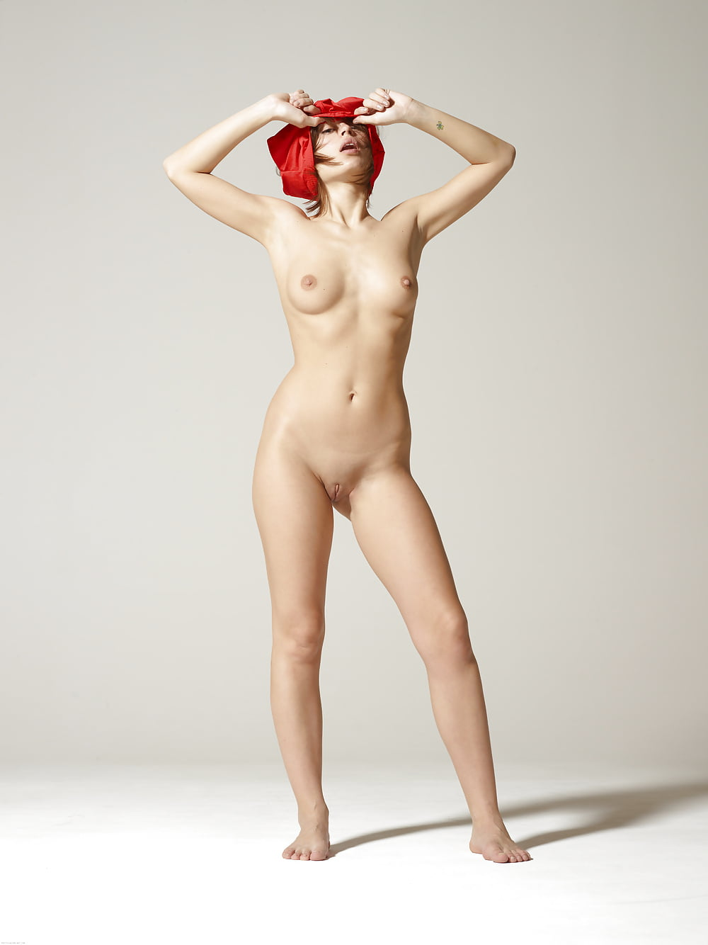 Indo girl standing naked, man fucks a chick gif