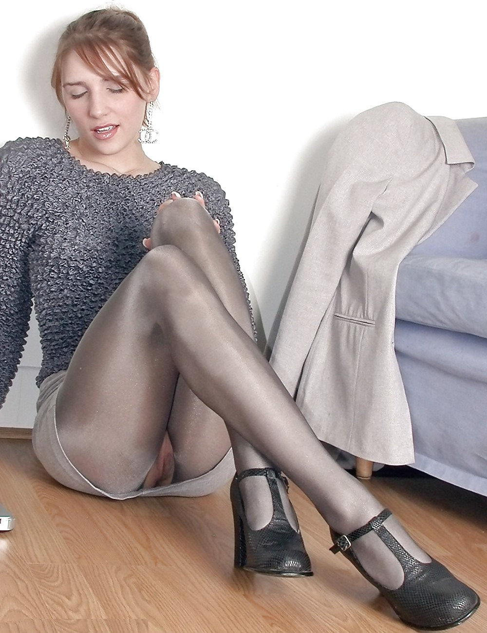 pictures Pantyhose upskirt