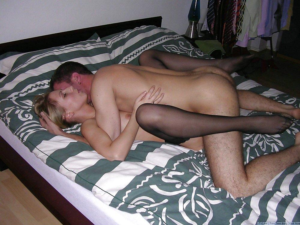 Через дырки фото порно эротика воронеж
