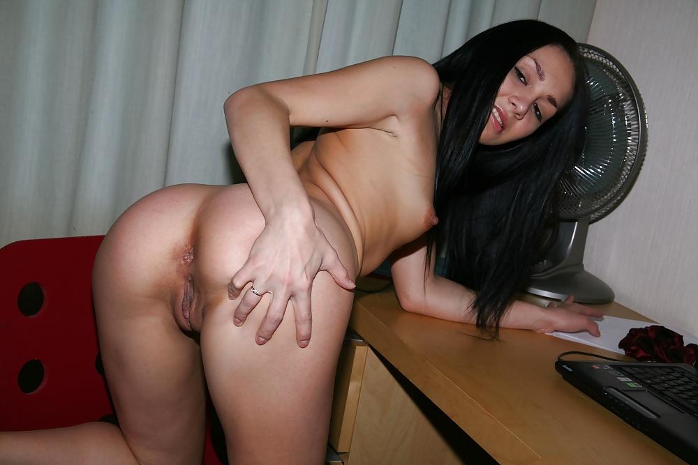 домашнее фото брюнетки порно барышни любят