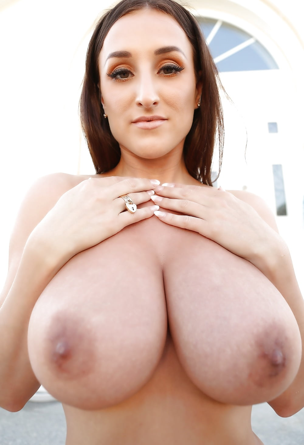 Free pictures big natural tits #11