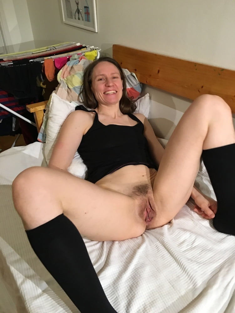 Hairy free amateur