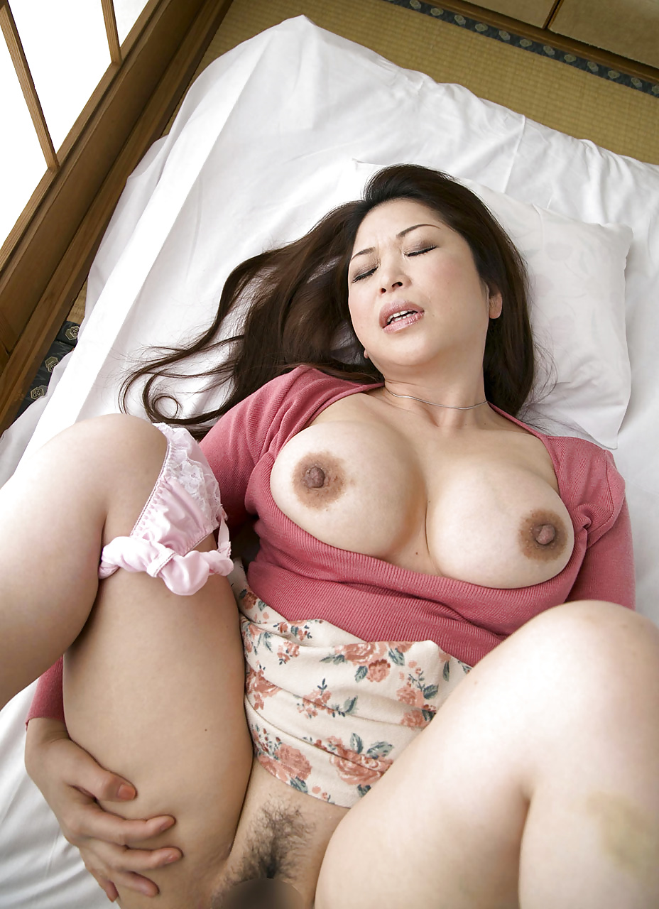 fuck-littlr-japanese-mom-tits-video
